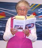 """2009 04 """"Wasser & Licht"""", Erika Hübner liest aus ihrem Buch"""
